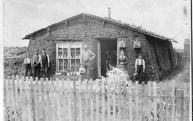 Early Homesteader family, 19th century